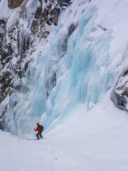 Skiing the Apocalypse Couloir