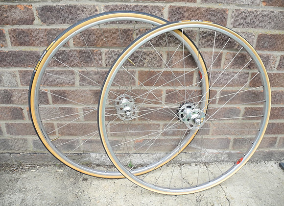 Campagnolo / Fiamme track wheelset