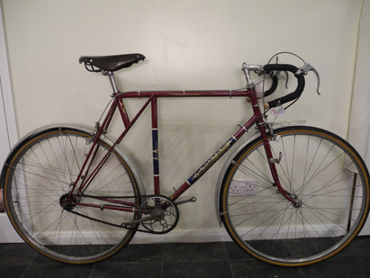 Lovely 1940's Baines Flying Gate in original paintwork, £1445.