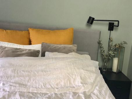 FÖRE/EFTER bilder från mitt kombinerade sovrum/vardagsrum