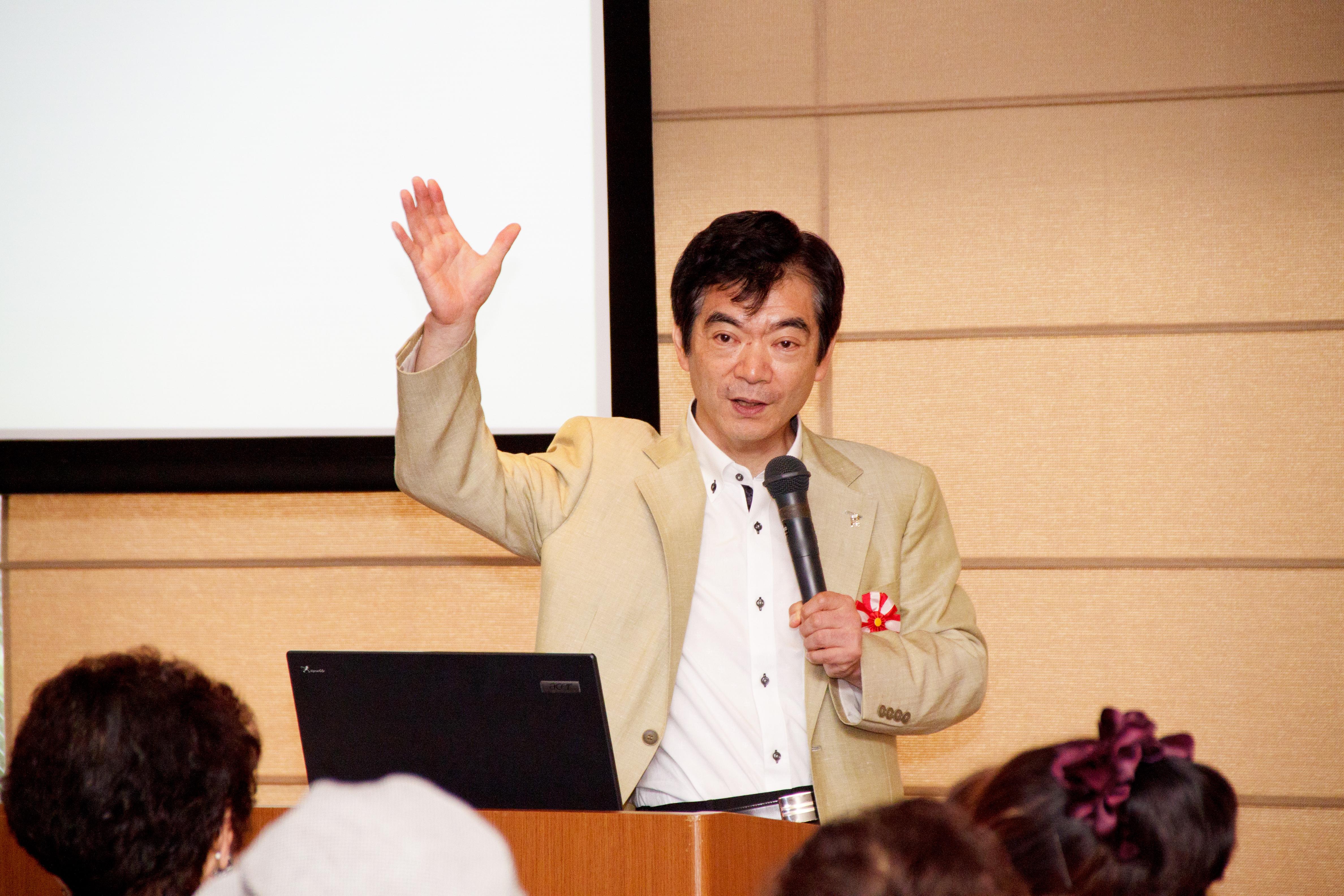 平成23年度花桜会短大部総会での講演1