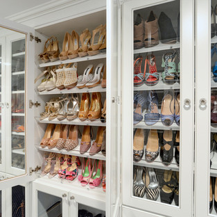 Shoe Cabinet with Open Glass Doors