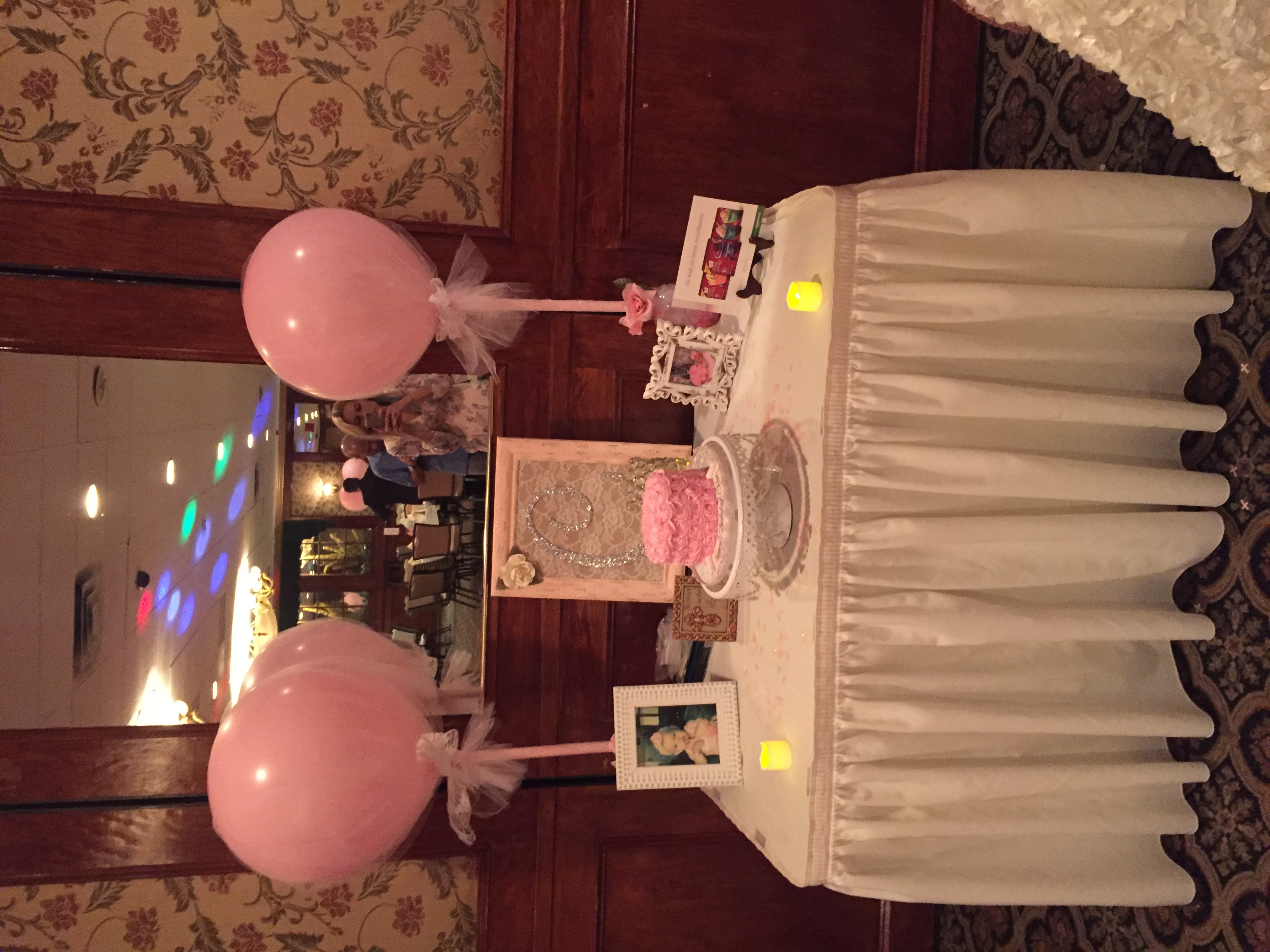PINK TULLE BALLOONS