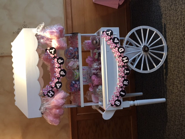 PRINCESS MINNIE CANDY CART
