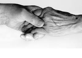 Le massage des personnes âgées