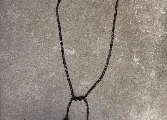Cauri necklace wrap black