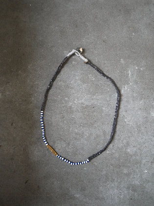 Azila necklace Black