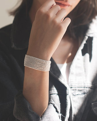 Secondskin white bracelet M