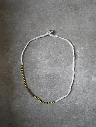 Azila necklace White