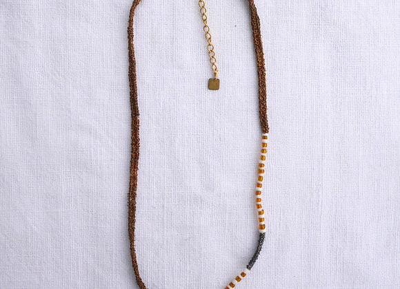 Azila raw necklace