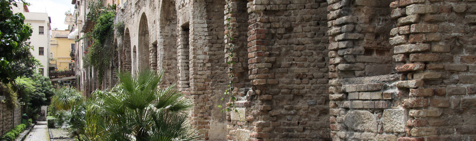 Sicily_Taormina_–_Naumachie_Ph._Terry_Fe