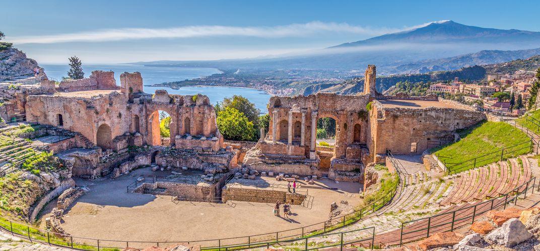 Sicily_taormina_greektheater.jpg