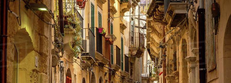 Sicily_taormina_city3.jpg