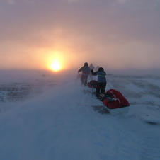Resolute Bay - into the storm training 0