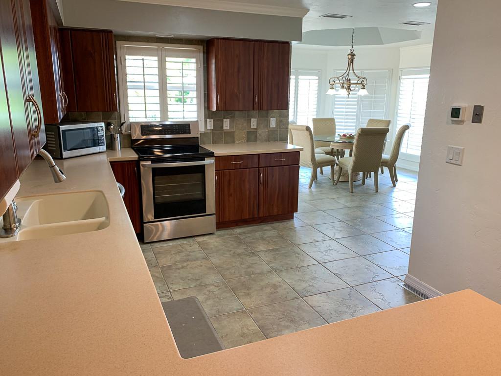 Grace River Island Resort - Kitchen.jpg
