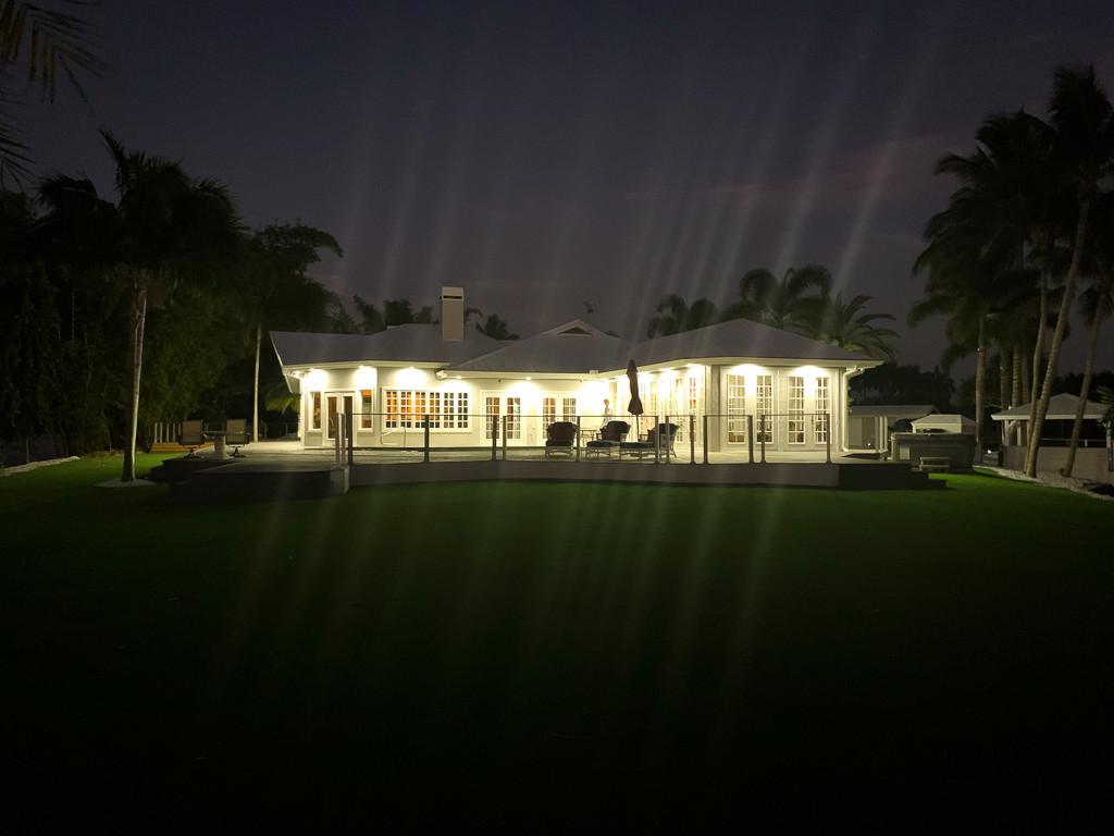 Grace River Island Resort - Resort Sunse