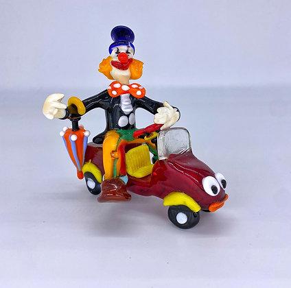 Clown su macchina