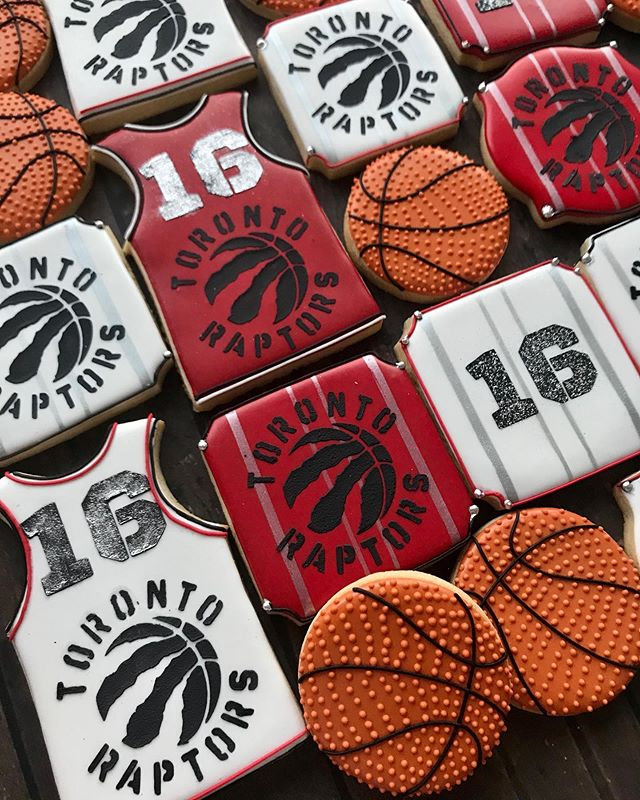 Toronto Raptors fan turns 16