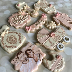 Baby girl set with parental portraits! N