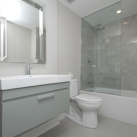 Forest Hill - Bathroom