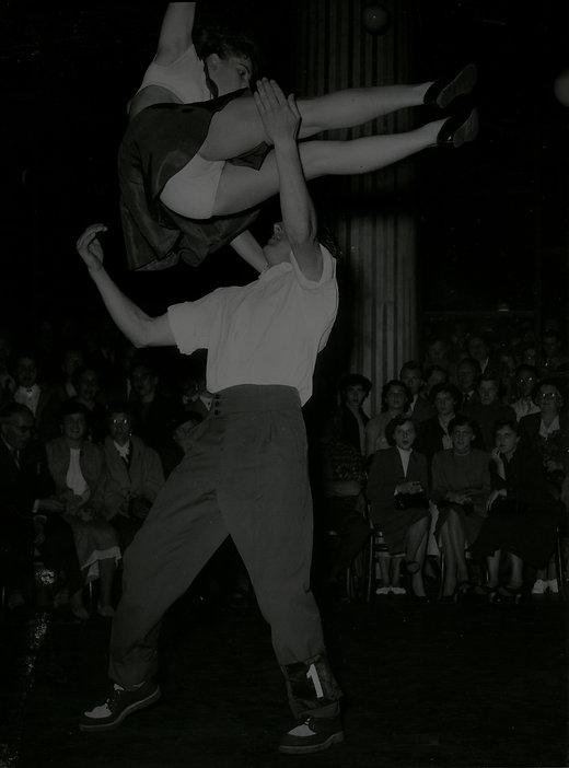 Dancing B&W filter.jpg