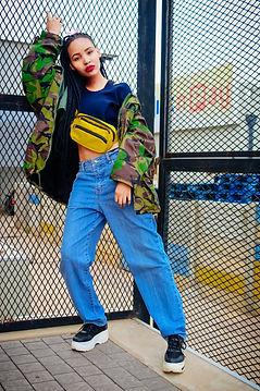 blue-yellow-jeans-street-fashion-fashion
