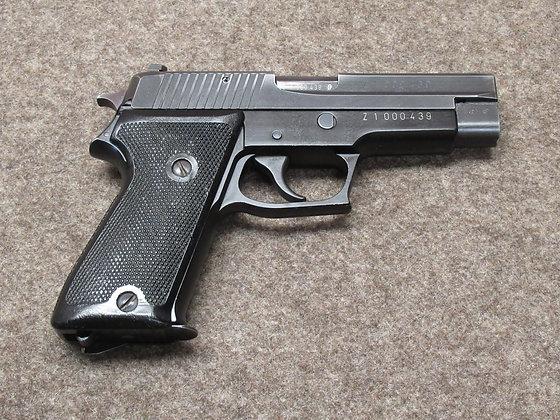 pistola SIG mod.75 Dogane (P220) cal. 9mm para