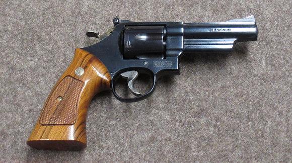 revolver S&W mod. 57-3 cal. .41 Rem Mag