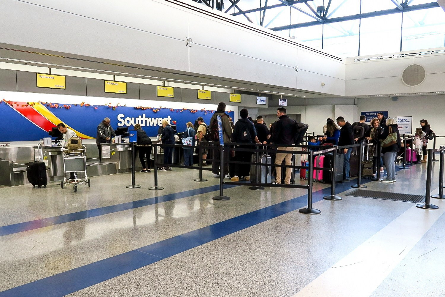 southwest-nov18-check-in-staffed.jpg
