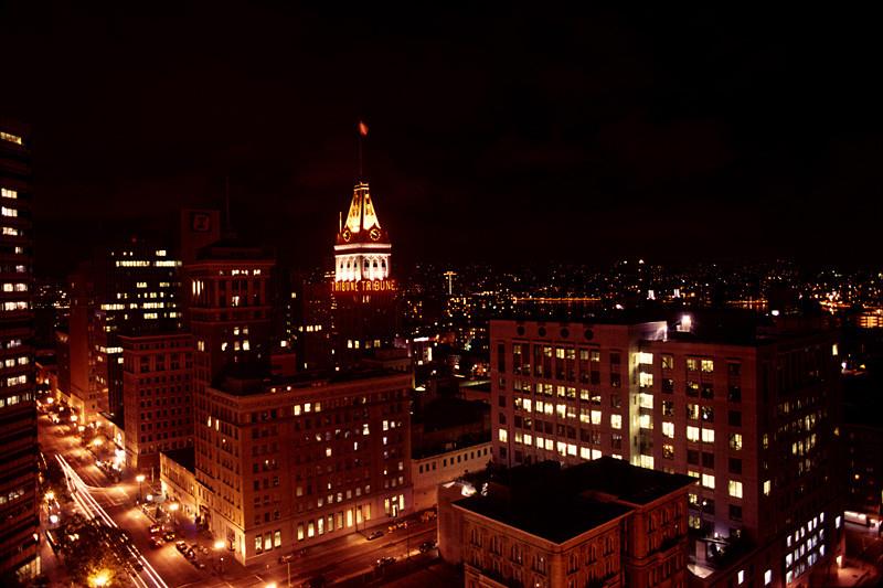 OaklandNight00w.jpg