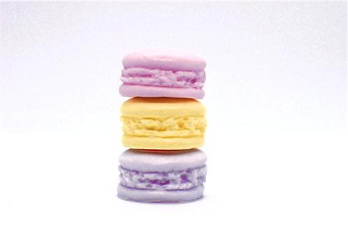 Macarons (Set of 3)