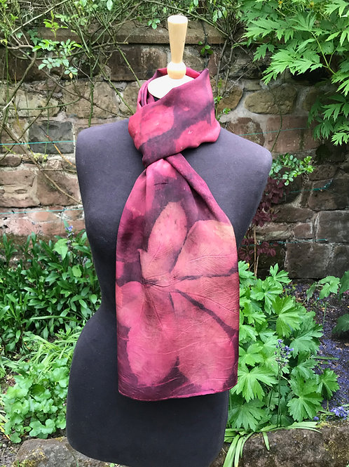 Large Crepe de Chine shawl with cochineal and horse chestnut leaves SC27