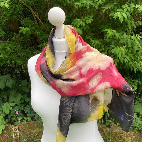 Silk scarf with three dyes and fig leaves [SC83]