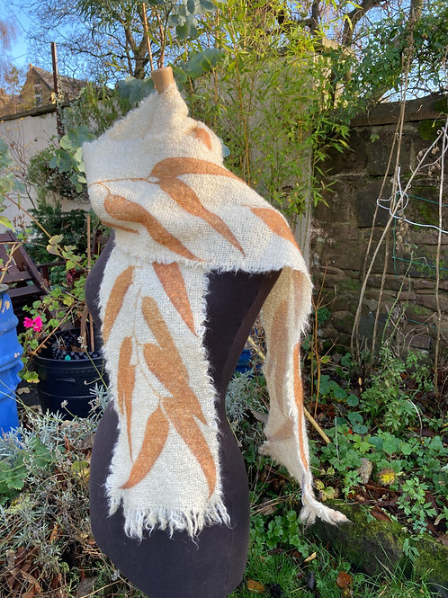 Mohair and wool scarf with Eucalyptus Glaucescens [SC48]