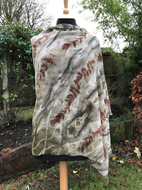 Large wool etamine shawl printed with eucalyptus and chestnut catkins SC29