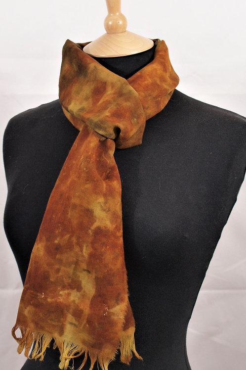 Fine wool etamine scarf printed with onion skins