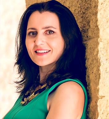 Dr Lena Fernandez