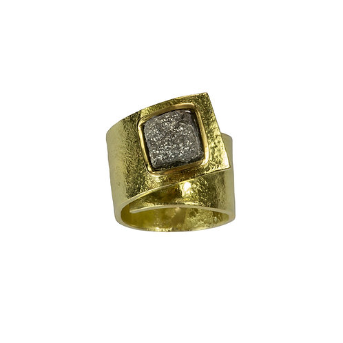 Anne Morgan Jewellery- Moonscape Twist Ring with Rough Diamond