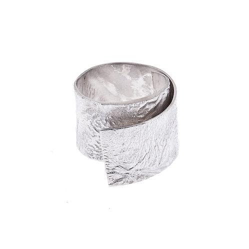 Anne Morgan Jewellery- Moonscape Twist Ring 15mm