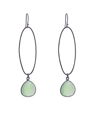 Oval_Erosion_Earrings_Green_chalcedony_o