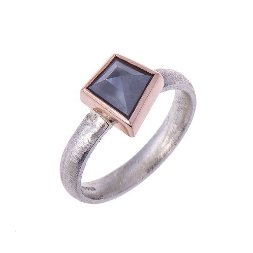Rose Cut Grey Diamond in 9ct White and Rose Gold Ring.