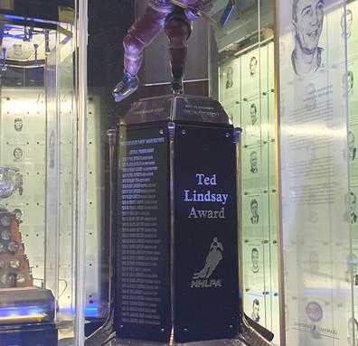 Ted Lindsay Award - Prêmio para o jogador que mais se destacou durante a temporada