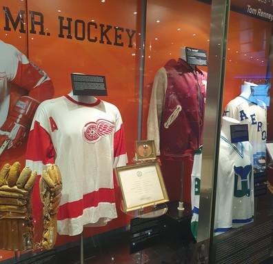 Exposição Wayne Gretzky e Gordie Howe