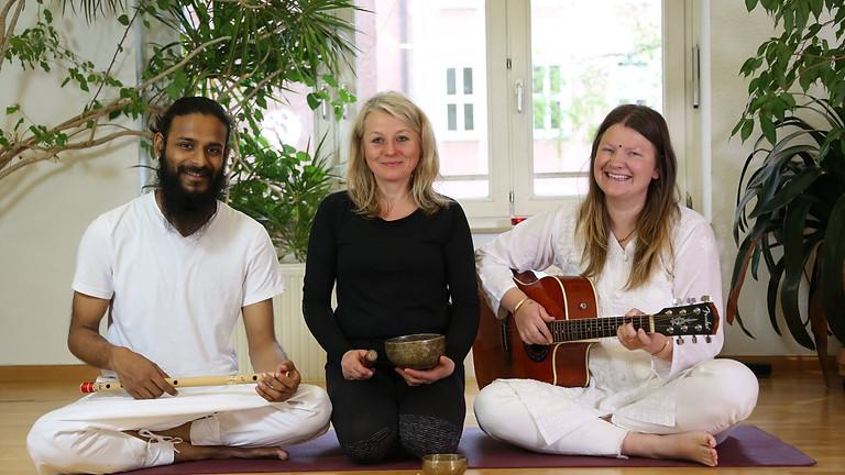 Verbindung mit dem Sein durch Yoga und Klang