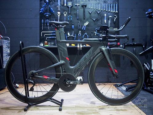 Felt IA Di2 triathlon / time trial complete bike