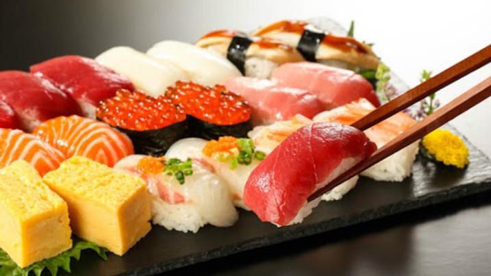ארוחת אומקסה 6  מנות + הרצאה בנושא: תרבות יפן המרתקת I טקס תה יפני I תפאורה יפנית I לבוש יפני