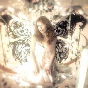 Tori Amos Sleeps With Butterflies