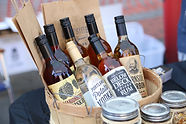 Local Distilleries, llive music