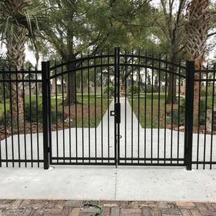 aluminum gate.jpg