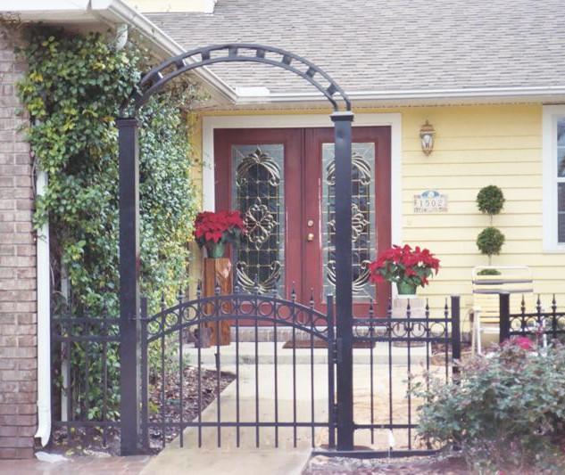 fence-arch.jpg